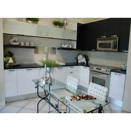 Classic Style Kitchen In Laminate With Flat Door (Promo #1)