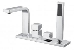 Royal Square 400 Bathtub Faucet Chrome