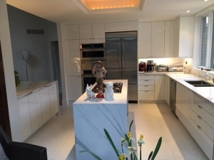Modern Style Kitchen With High Gloss White & Grey Acrylic Cabinets