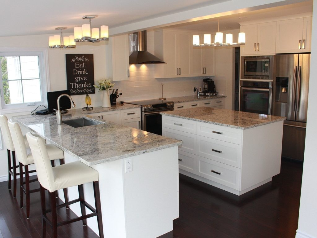 Casa reno direct cuisine de style contemporain avec portes shaker style en thermoplastique - Meuble shaker ...
